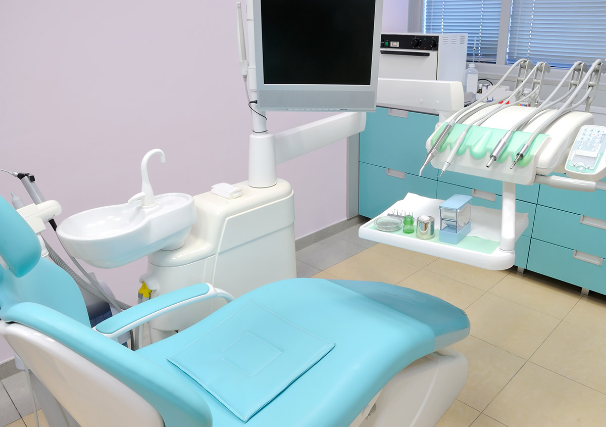 Services offered by a dentist's office open for evening hours